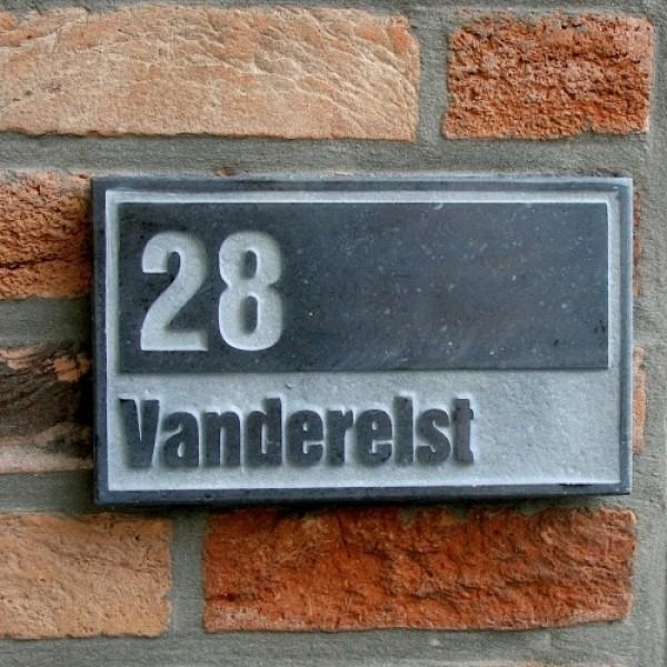 Naambordje belgisch hardsteen for Huisnummerbord maken